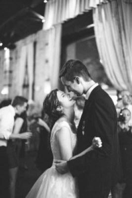 đàn ông ra dạy lại về cách làm chồng