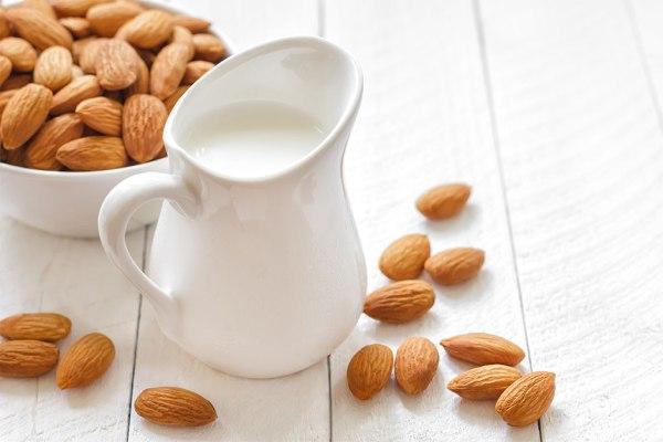 Ngoài sữa bà bầu, phụ nữ mang thai có thể uống những loại sữa nào?