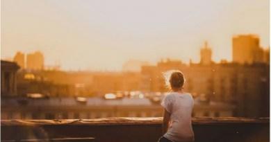 8 bài học giúp phụ nữ tỉnh mộng khỏi ảo tưởng sức mạnh của tình yêu