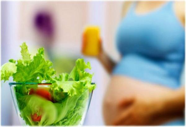 Có thai nên ăn gì để con phát triển tốt?
