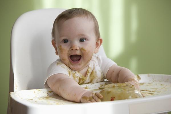 Phương pháp ăn dặm do bé tự quyết định (BLW)