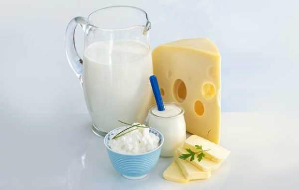 Cách uống sữa giúp trẻ tăng chiều cao