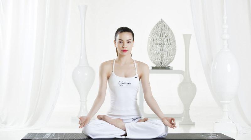 Bài tập Yoga giúp làn da luôn tươi trẻ, tránh lão hóa cho chị em