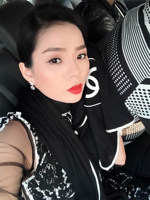 sao-viet-24h-me-don-than-xuan-lan10