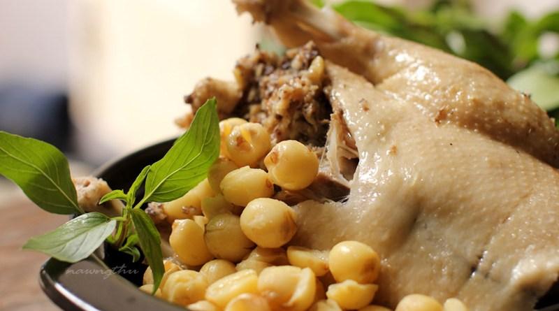 Món ngon cho bà bầu: Vịt hầm hạt sen – món ăn đổi vị cuối tuần cho mẹ bầu ngủ ngon