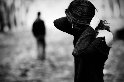 Tôi từ bỏ mọi thứ để theo anh và cái tôi nhận được là khổ đau