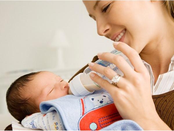 Sữa non cho trẻ sơ sinh loại nào tốt hiện nay?