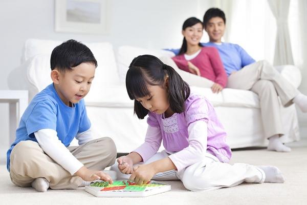Những kỹ năng sống cơ bản trẻ cần biết trước khi lên 10