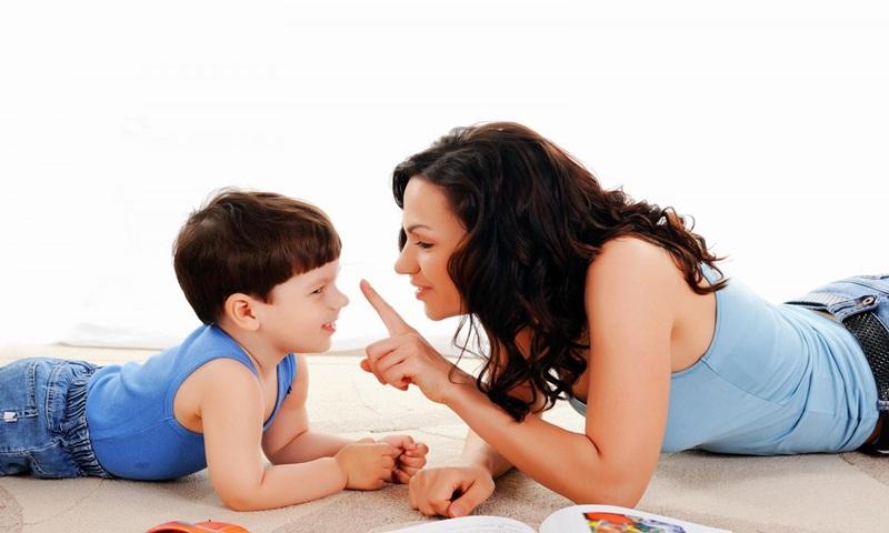 Cách nói chuyện với trẻ