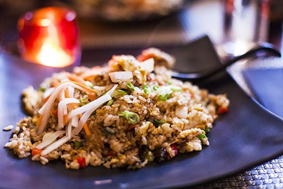 Recipes with fried rice . Quick and easy to make at home