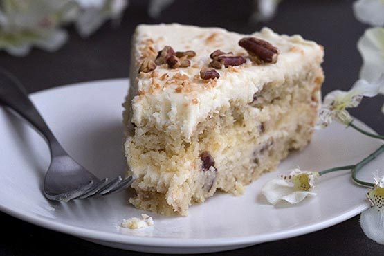 Recipes with whipping cream . Low Carb Italian Cream Cake