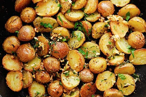 Crispy roasted potatoes . Crispy Roasted Potatoes Recipe