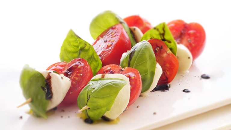 Easy To Make Insalata Caprese Recipe