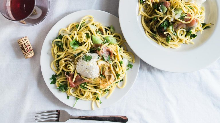 The History of Pasta and Some Easy Pasta Recipes