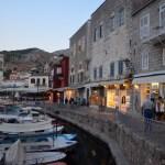 Op weg naar het favoriete restaurantje van Leonard Cohen in Hydra, Greece