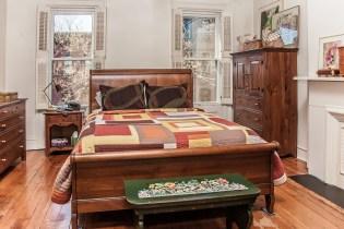 1131 Garden St. - bedroom
