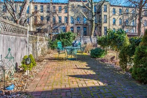 1131 Garden St. - yard