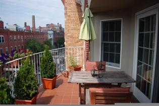 215 Grand #4F Private Deck