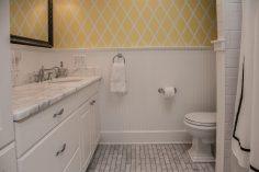 1116 Garden Street - bath