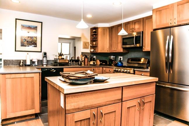 204 Garden St 1 - kitchen