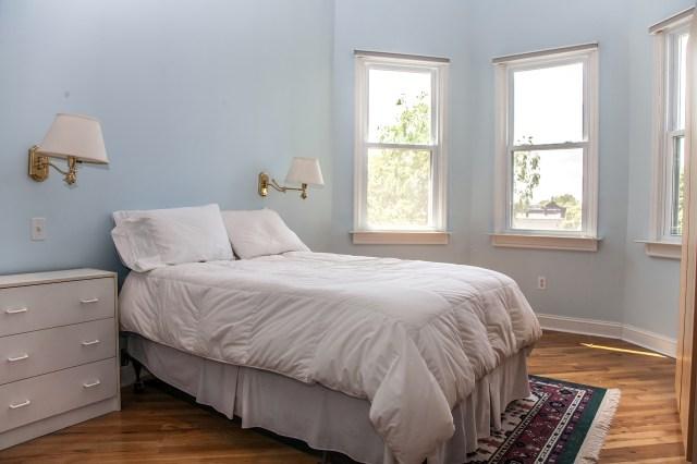 930 Hudson St 4 - bedroom