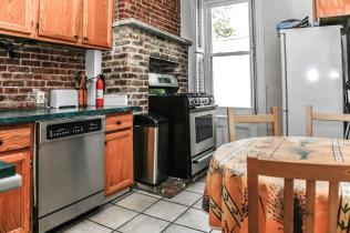 1248 Bloomfield St 2 kitchen 2