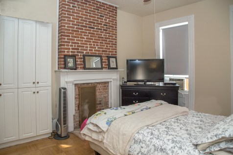 917 Washington St #3 - bedroom