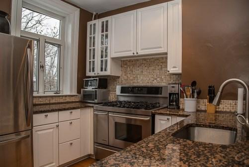 929 Garden St #4R - kitchen