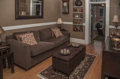 929 Garden St #4R - living room 2