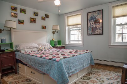 1037 Park Ave - bedroom