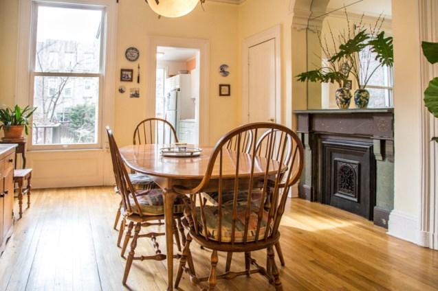 1212 Garden St - dining room 2