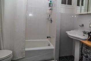 1011 Garden St - bathroom 2