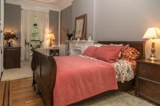 1011 Garden St - bedroom 1