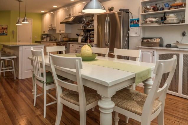 1011 Garden St - dining room