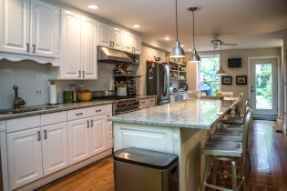 1011 Garden St - kitchen