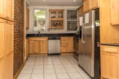 120 Monroe St #2 - kitchen