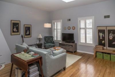 736 Garden St Apt D - living room 1