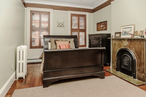 825 Willow Ave - bedroom 3