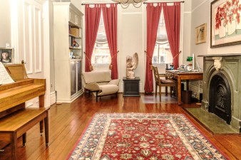 825 Willow Ave - study