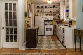 162 9th St - kitchen