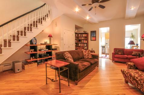 533 Park Ave - Living Room 3