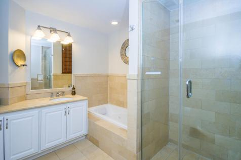1100 Clinton St Hoboken NJ-large-004-1-Bathroom-1500x997-72dpi