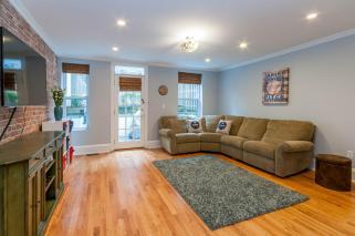 1111 Bloomfield St Hoboken NJ-large-024-21-Family Room-1500x997-72dpi