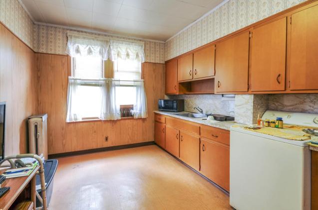 359 Ogden Ave - kitchen