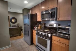 920 Jefferson St #304 - kitchen 2