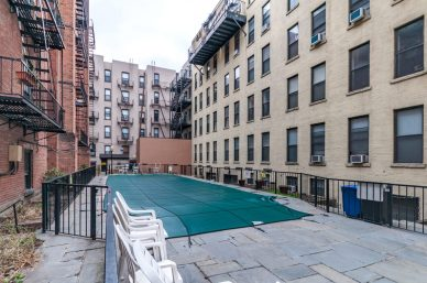 1115 Willow Ave 202 pool