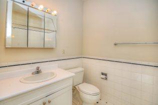 1500 Washington St 7M bath 1 2