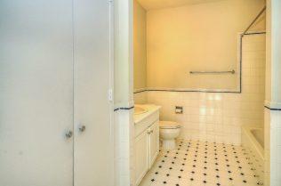 1500 Washington St 7M bath 1