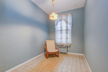 907 Washington St - 12 Duplex bedroom 2