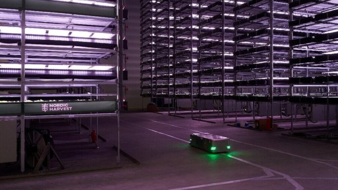 vertical farm robot